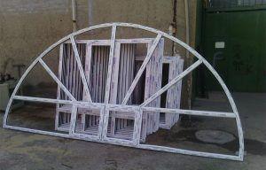 نمونه پنجره ساخته شده گرد با دو بازشو به رنگ سفید